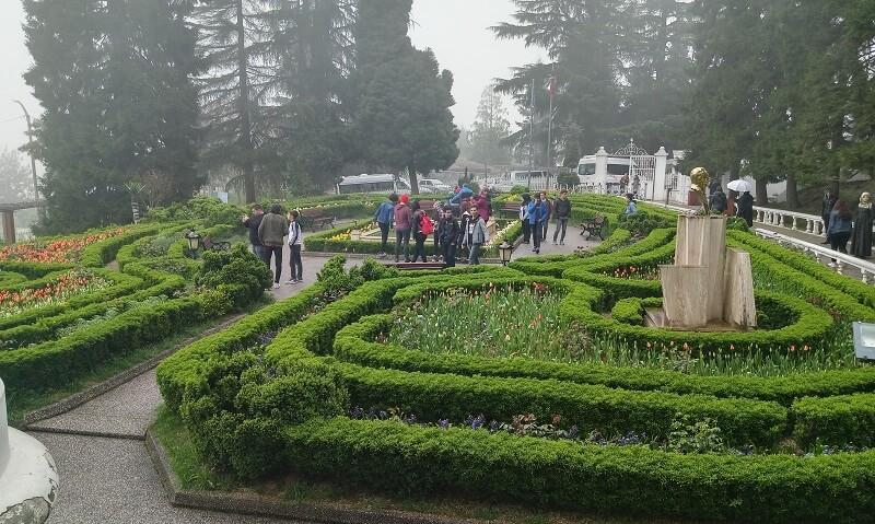 Trabzon Atatürk Köşkü Ön Bahçe