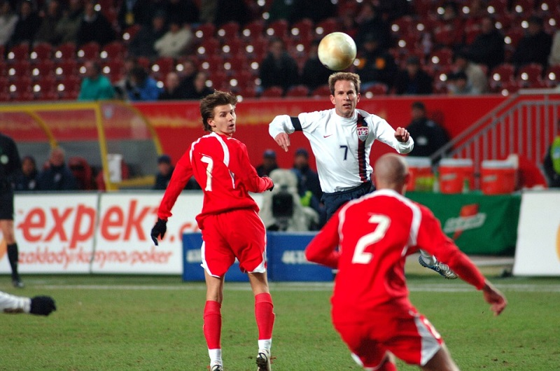 Futbol Oyun Kuralları Kısaca...